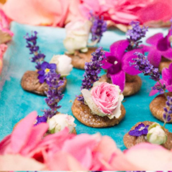 edible party flowers