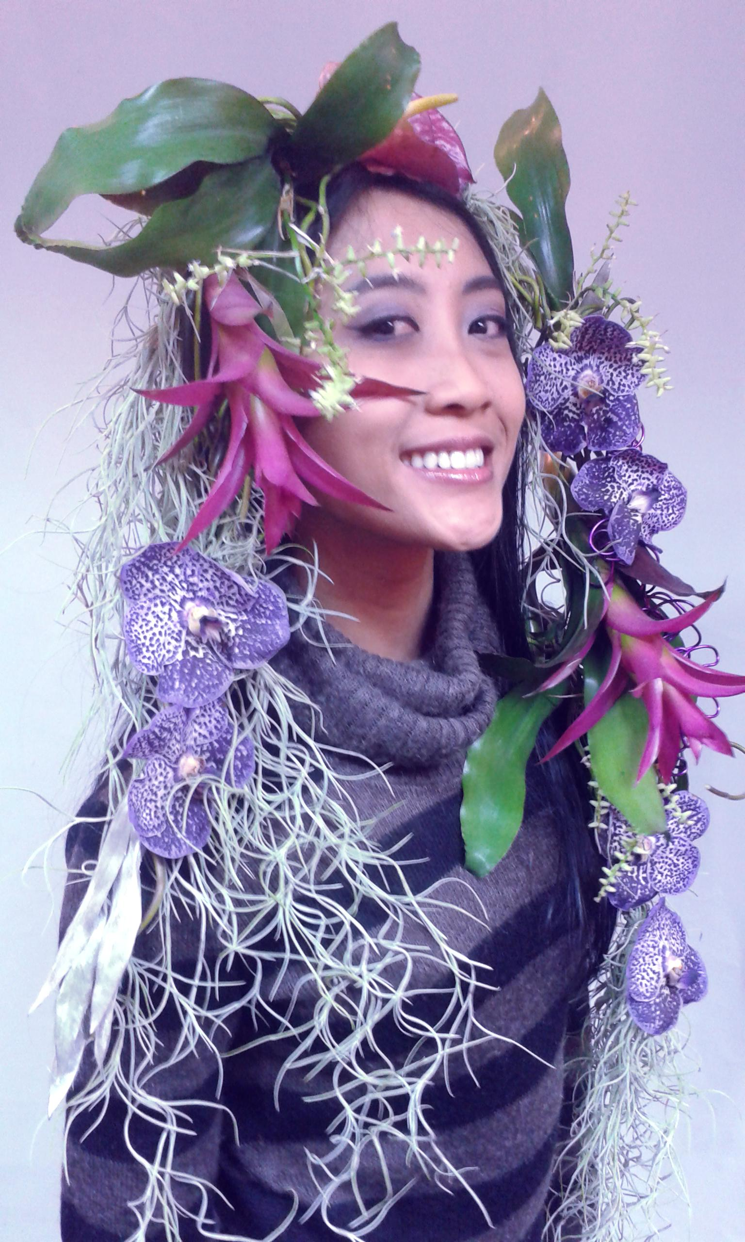 student Ratna body floral decoration